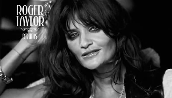Helena Christensen incarne Roger Taylor