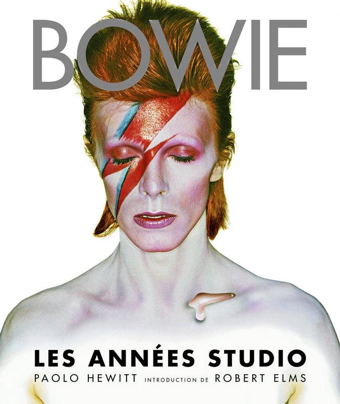 Beau livre Bowie – Les Années studio, de P. Hewitt et R. Elms, éd. Fetjaine. 44,99 €