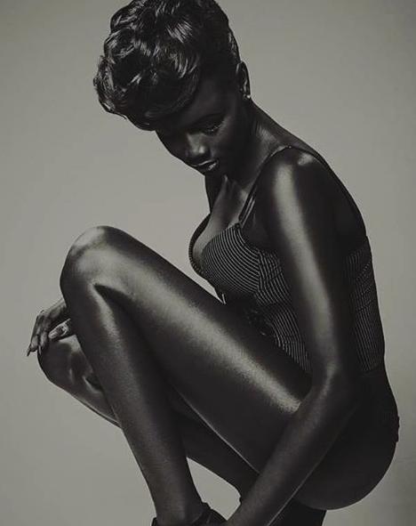 Photos : Découvrez Khoudia Diop, le top sénégalais qui affole et illumine la toile !
