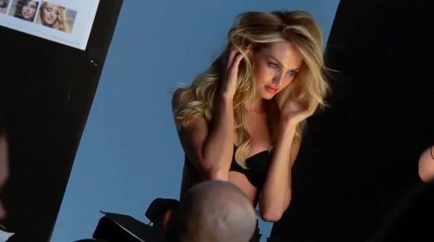 Poses lascives, on sait y faire chez Victoria's Secret !