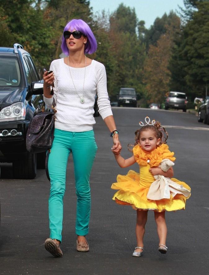 Anja, la fille d'Alessandra Ambrosio a opté pour le déguisement de princesse !