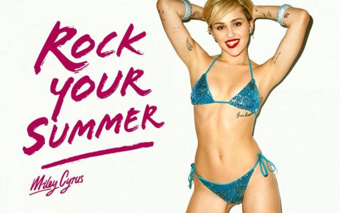 """Miley Cyrus pose pour """"Rock your Summer"""" la dernière campagne de Golden Lady"""