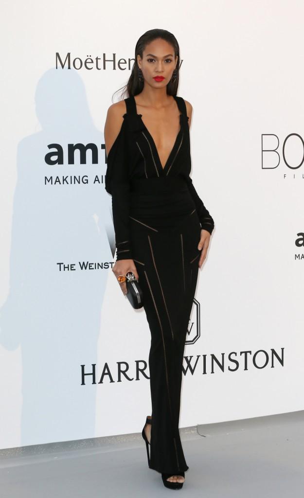 Joan Smalls en Givenchy, le jeudi 22 mai au gala AmfAR