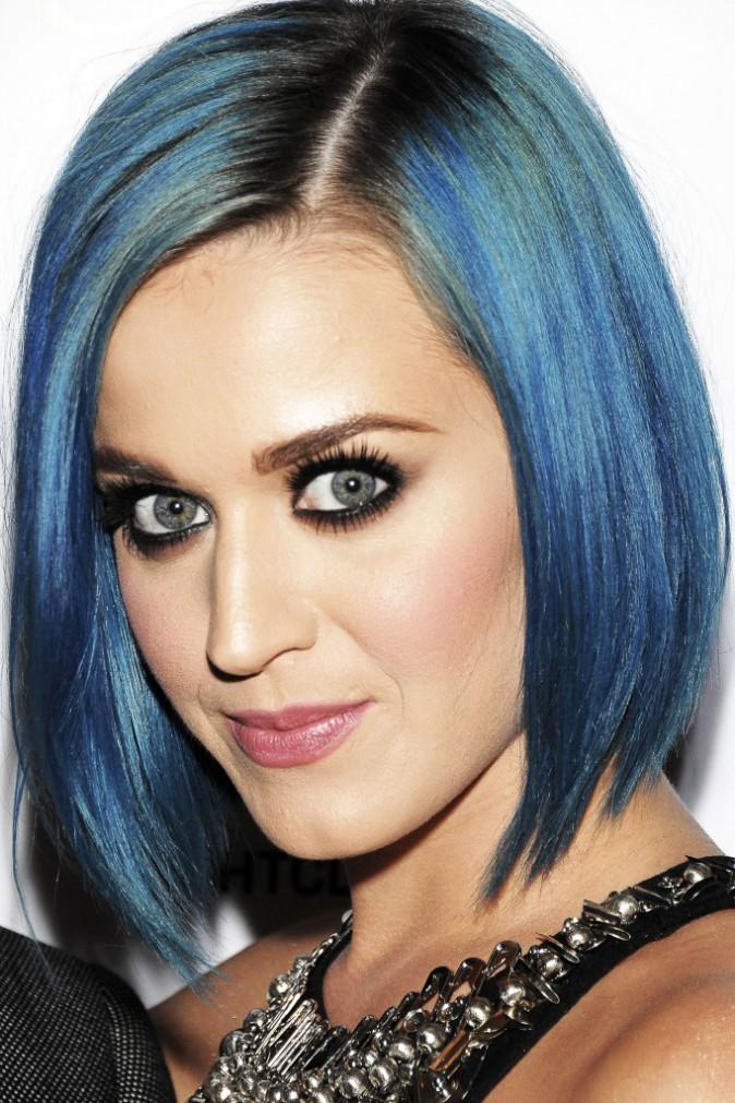L'évolution capillaire de Katy Perry : 2012