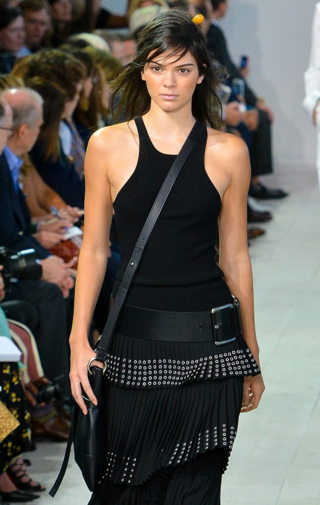 Photos : Fashion Week de New York : Kendall Jenner, star du défilé Michael Kors Collection !