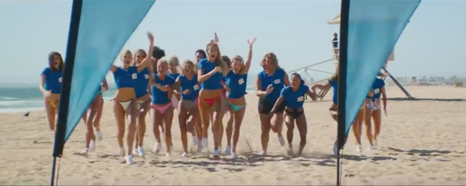 "Gigi Hadid réalisatrice du clip de Joe Jonas ""Cake by the ocean"""