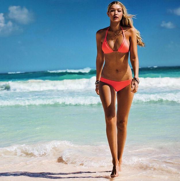Gigi Hadid pour Seafolly Australia