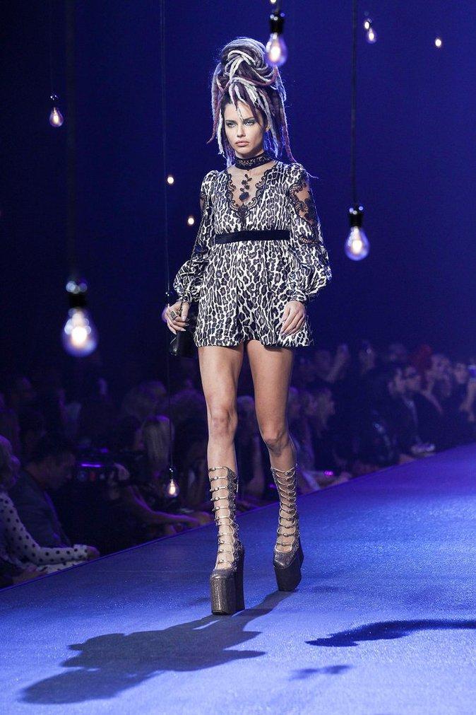 Adriana Lima au défilé Marc Jacobs, le 15 septembre