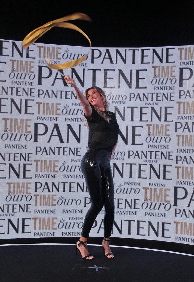 Photos : Gisele Bündchen : à la tête d'une équipe sexy pour Pantene !