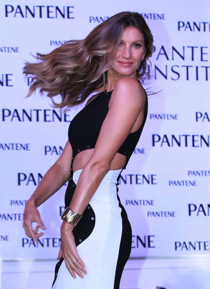 Photos : Gisele Bündchen : rayonnante pour Pantene !