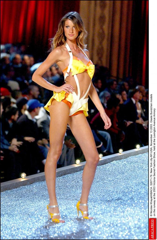 La Victoria Secret Fashion Show 2003 (13.11.2003)