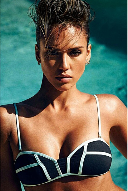 Jessica Alba : sexy en maillot de bain pour Shape magazine
