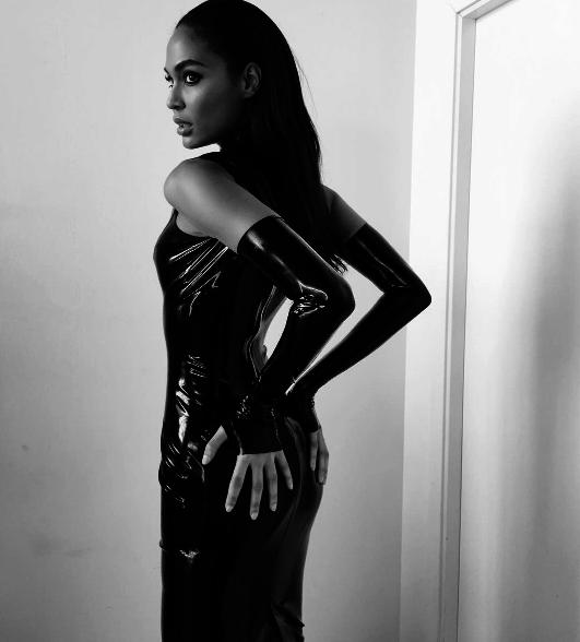 Photos : Joan Smalls : Happy Birthday ! Le top model fête ses 28 ans