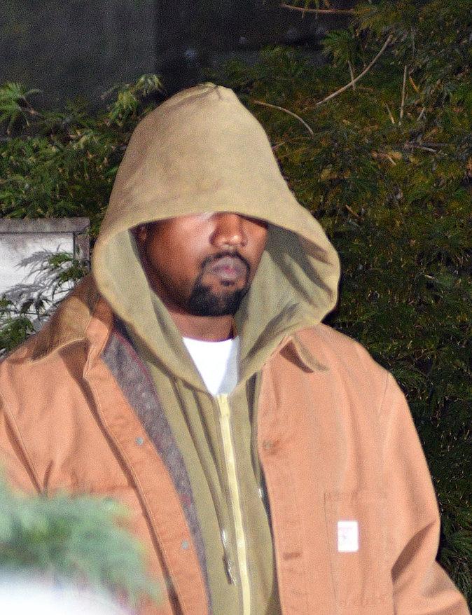 Photos : Kanye West : Après le fiasco de son défilé, il prend une décision radicale...