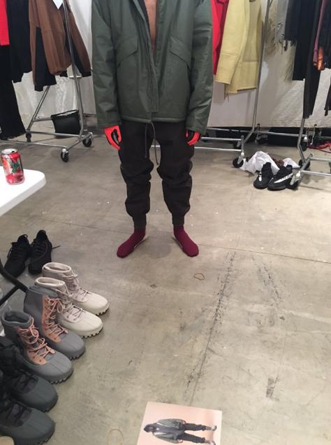 Photos : Kanye West : pendant qu'il prépare son show fashion, Kim Kardashian et Saint sont gâtés...