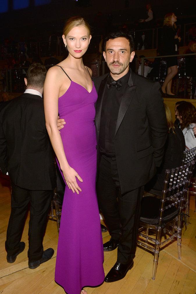 Karlie Kloss et Riccardo Tisci sur le red carpet de la soirée Time Magazine