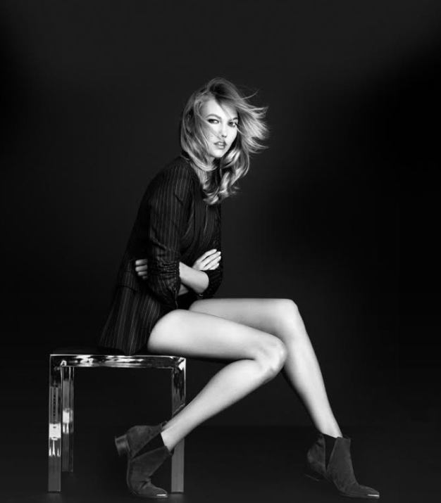 Karlie Kloss pour Marc Fisher