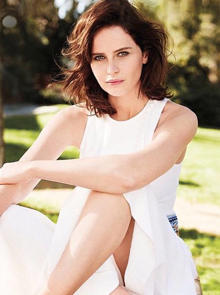 Felicity Jones en couverture du numéro de mai 2015 du Marie Claire US