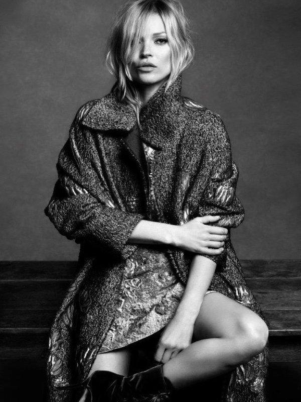 Kate Moss pour la nouvelle campagne Alberta Ferretti