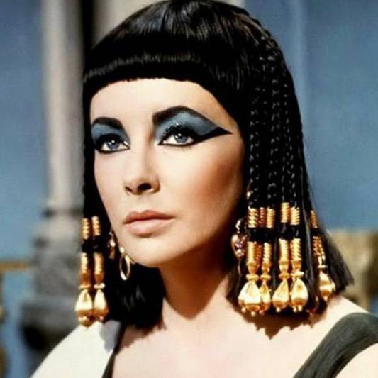 Elizabeth Taylor dans Cléopâtre en 1963