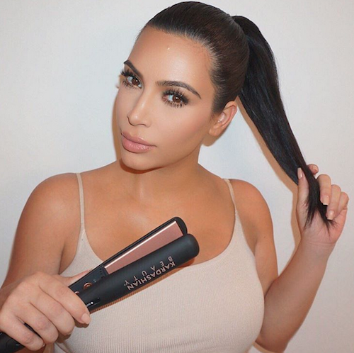 Photos : Kim Kardashian partage ses souvenirs capillaires décoiffants pour Kardashian Beauty Hair !
