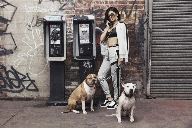 Photos : Kylie Jenner : sexy et vintage pour la nouvelle campagne Puma