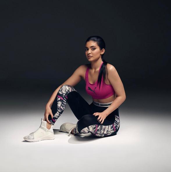 Kylie Jenner : sportive et sexy pour Puma !