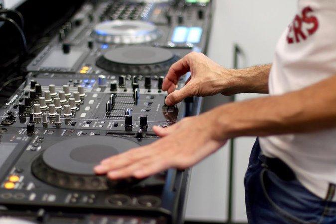 Cours de DJing