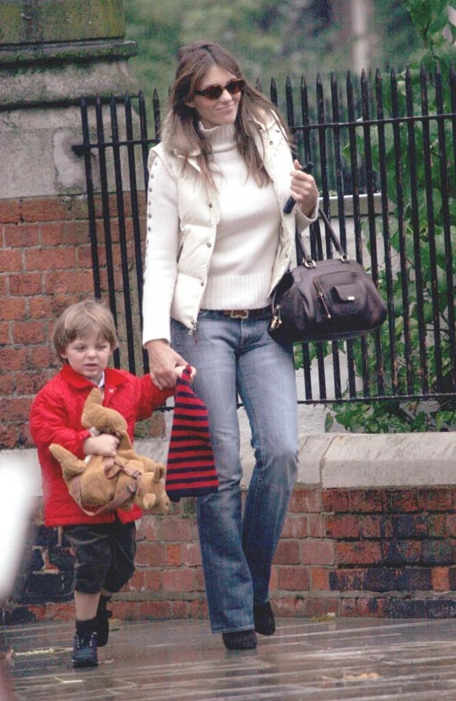 Liz Hurley et son fils