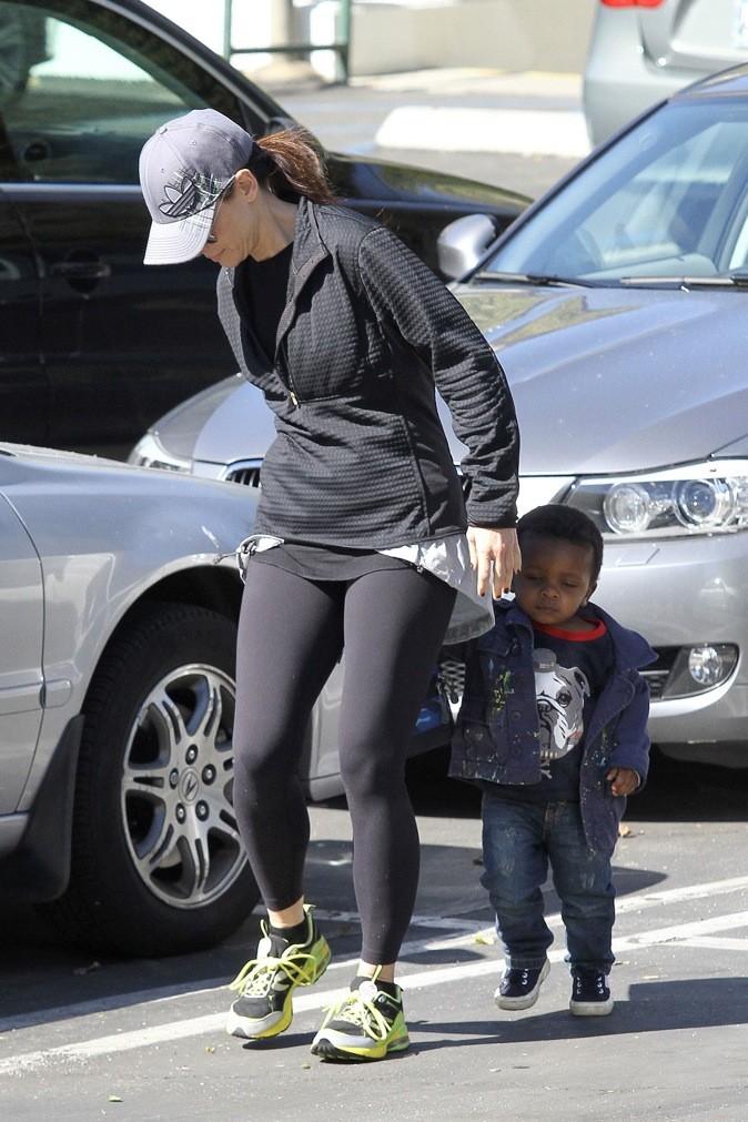 Sandra Bullock en a profité pour une petite séance de sport !
