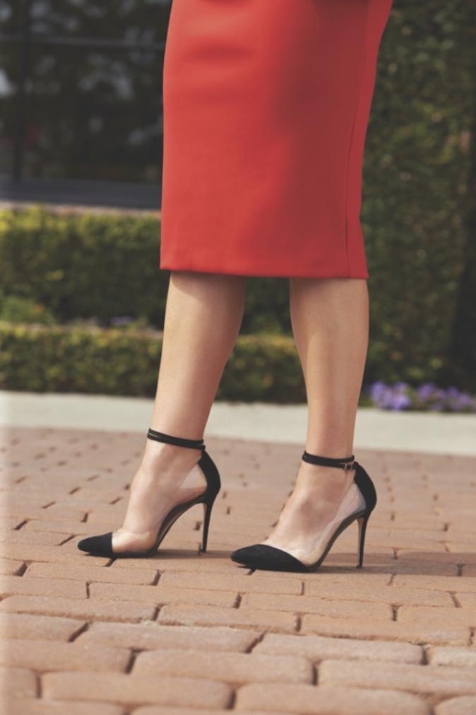 Hillary Kerr pour Raye Shoes