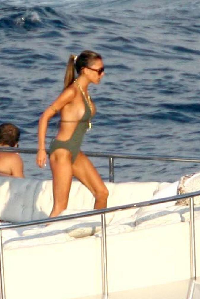 Victoria Beckham s'apprête à plonger dans l'eau !