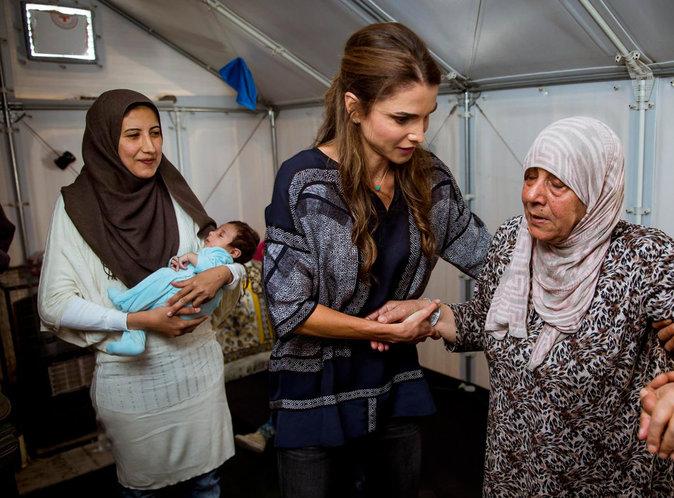 Photos : Les larmes de Rania de Jordanie face aux réfugiés