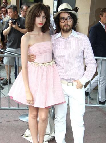 Charlotte Kem Muhl et Sean Lennon : en mode couple !