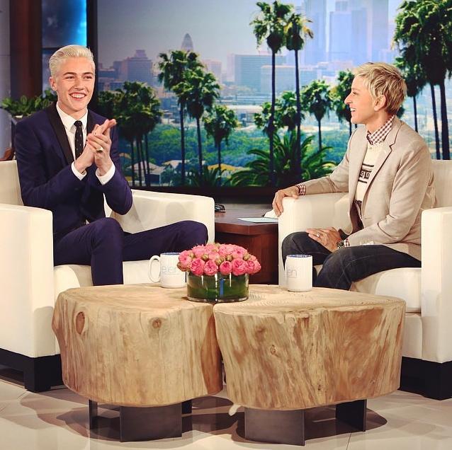Lucky Blue Smith sur le plateau d'Ellen DeGeneres