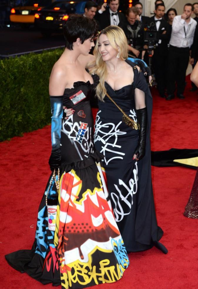 Katy Perry en Moschino avec Madonna