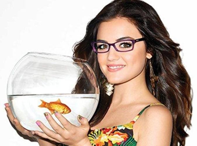 Lucy Hale et son poisson rouge pour Bongo !