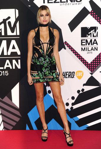 Hailey Baldwin aux MTV EMA 2015 à Milans, le 25 octobre 2015