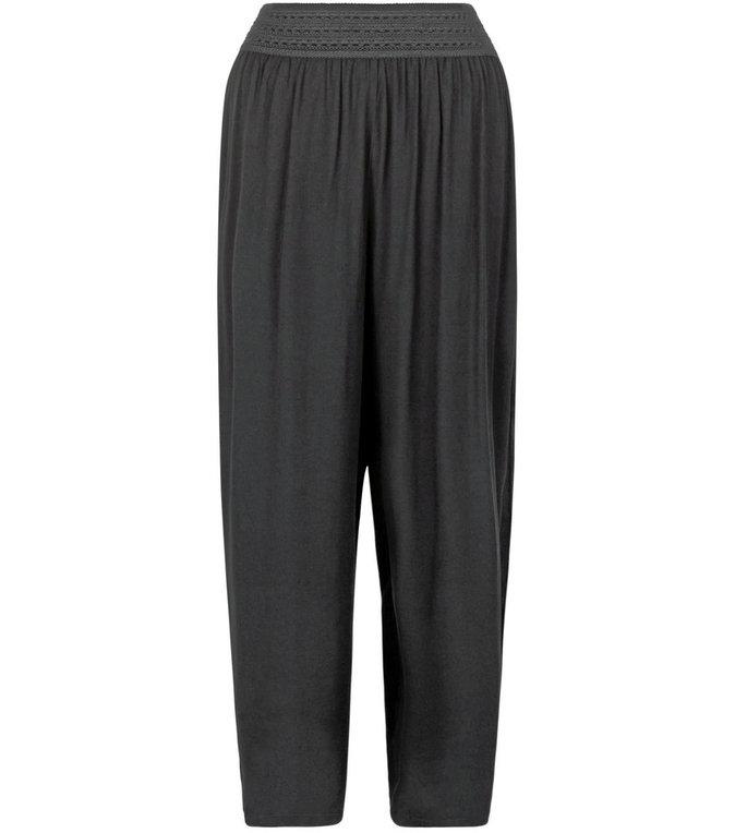 Pantalon, New Look 23 €