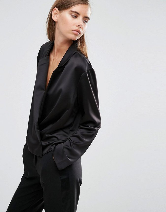 Blouse en satin – ASOS – 42,99€