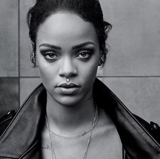 Rihanna en une de T Magazine