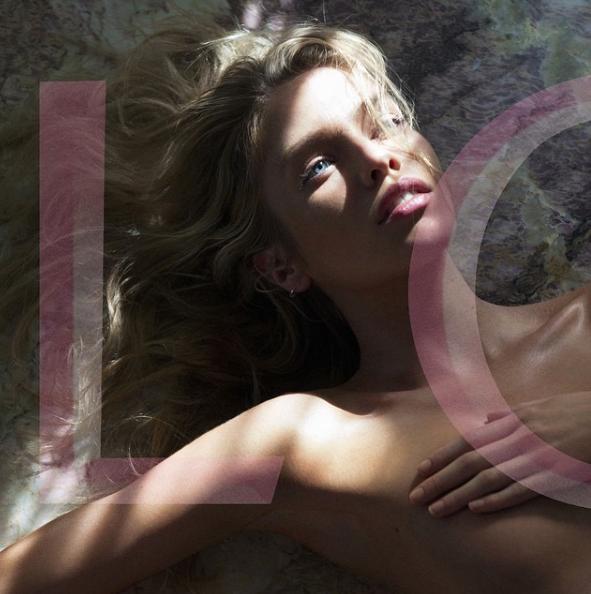 Stella Maxwell pour Love Magazine