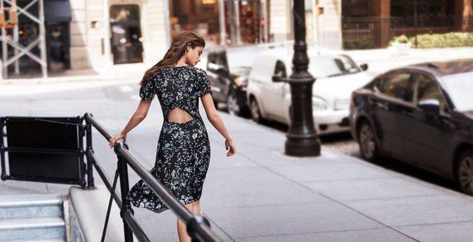 Photos : Taylor Hill : une bombe printanière dans les rues de New York...