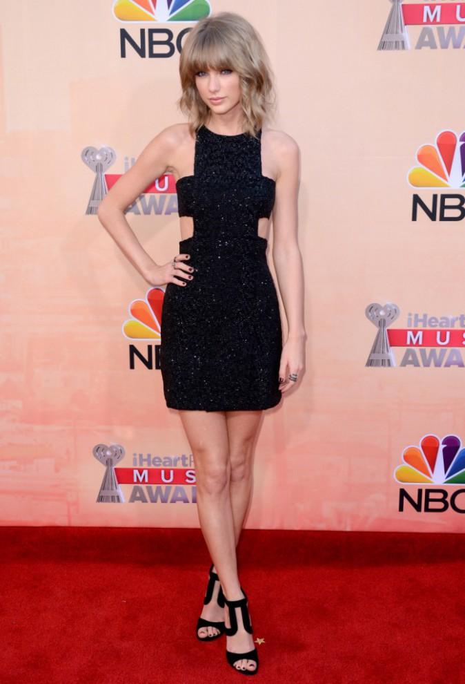 Taylor Swift : Mini mais sexy !