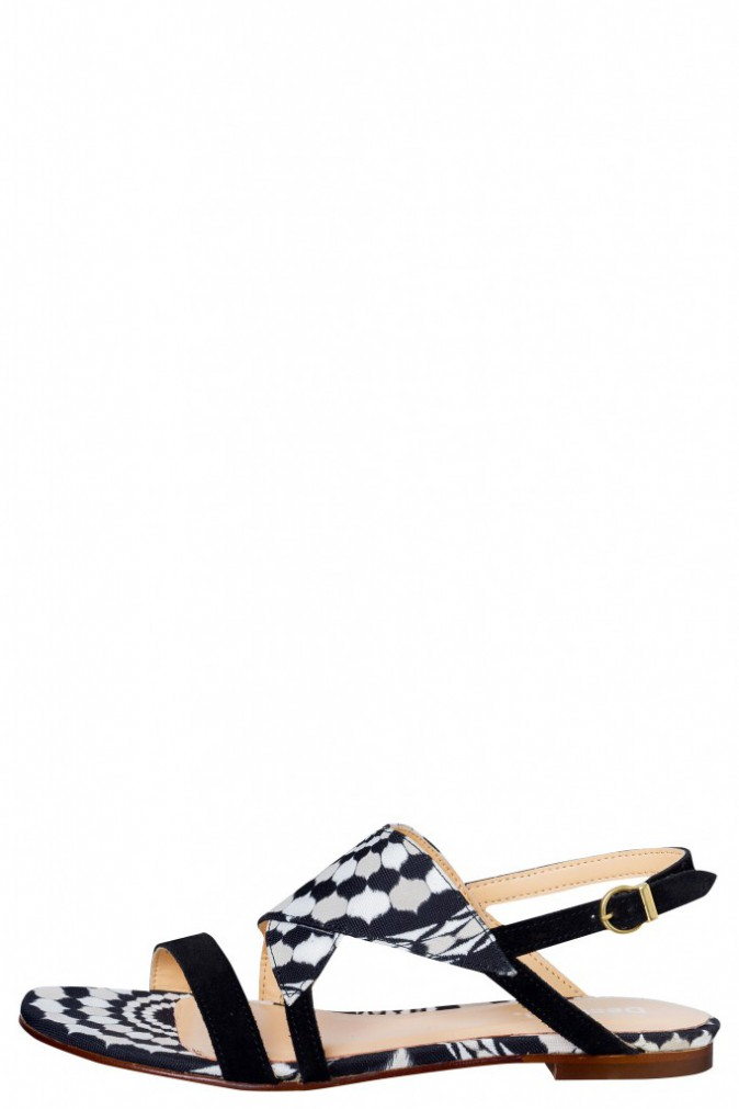 Sandales, Desigual 99€