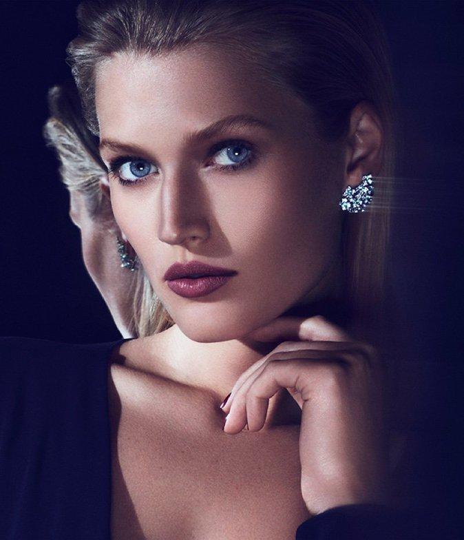 Photos : Toni Garrn : luxueuse et scintillante pour Cartier