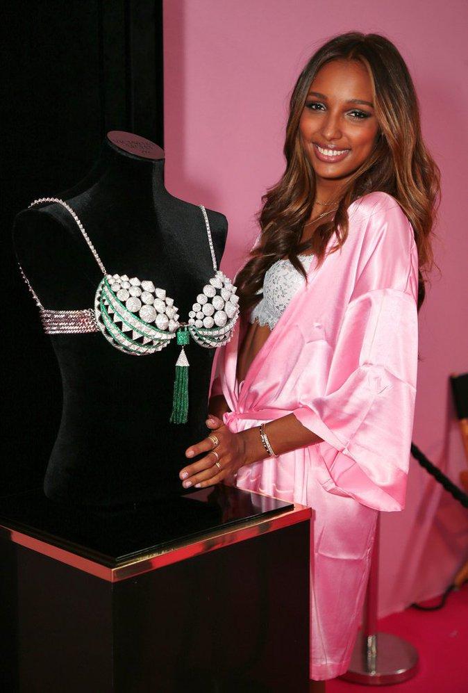 Victoria's Secret Fashion Show : En direct des backstages : Jasmine Tookes