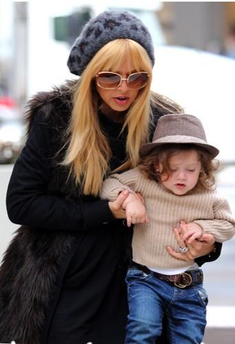 Rachel et son fils Skyler.