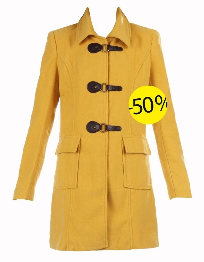 Manteau moutarde Monshowroom : 60 euros au lieu de 120 euros
