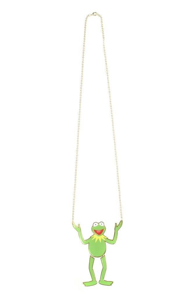 Collier pendentif Kermit the frog, 135 euros chez Colette